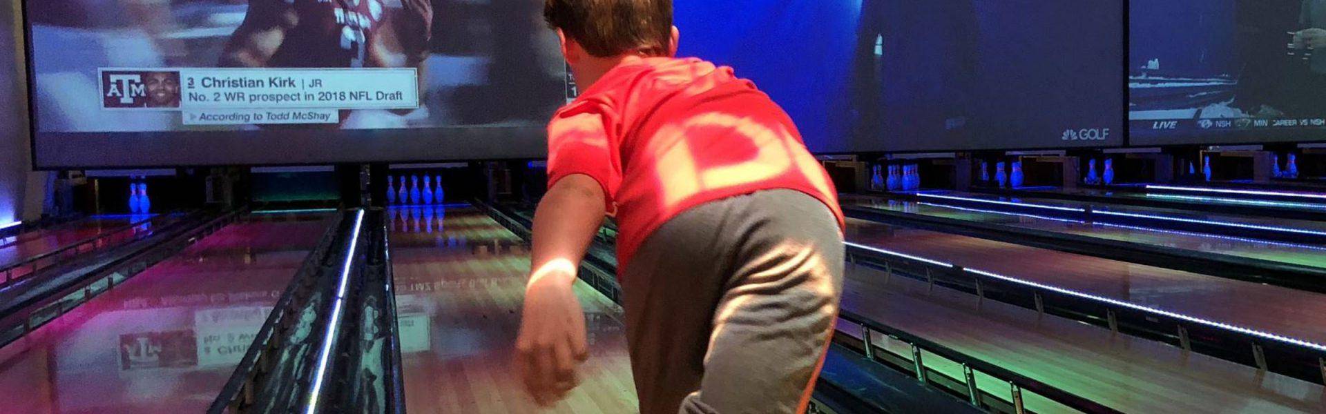 Header bowling family Fun edited